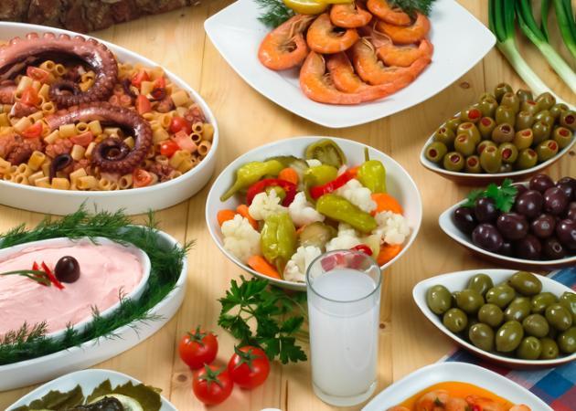 Καθαρά Δευτέρα: Συνταγές για τα πιο νόστιμα Κούλουμα!
