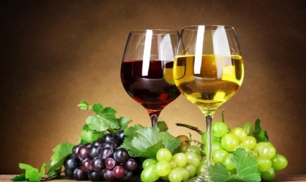 Λευκό ή κόκκινο κρασί; Δες ποιο είναι πιο υγιεινό | tlife.gr