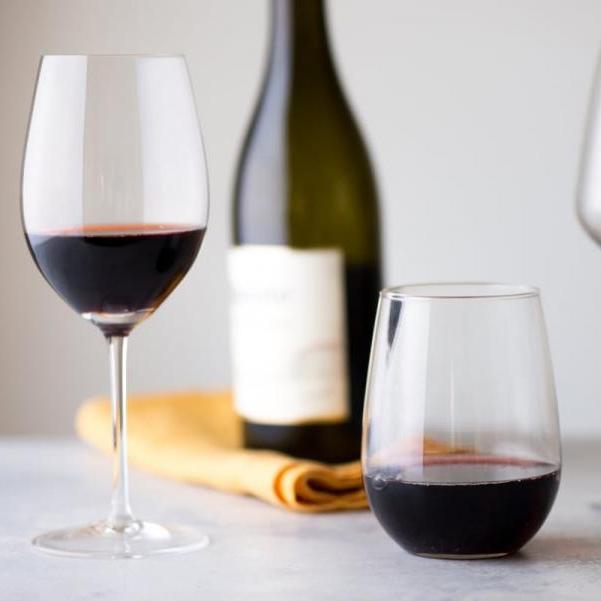 Ένα μυστικό tip για το κρασί που θα σερβρίρεις!