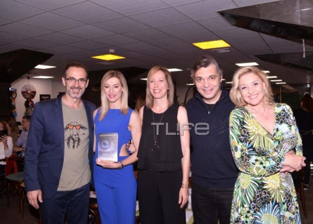 Κώστας Κρομμύδας: Οι διάσημοι φίλοι του στην παρουσίαση του νέου του βιβλίου! [pics] | tlife.gr