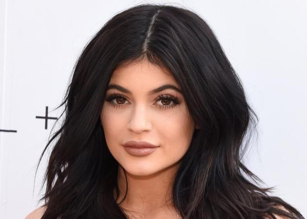 Attention fan της Kylie Jenner! Αυτά είναι τα τρία ολοκαίνουρια κραγιόν της!