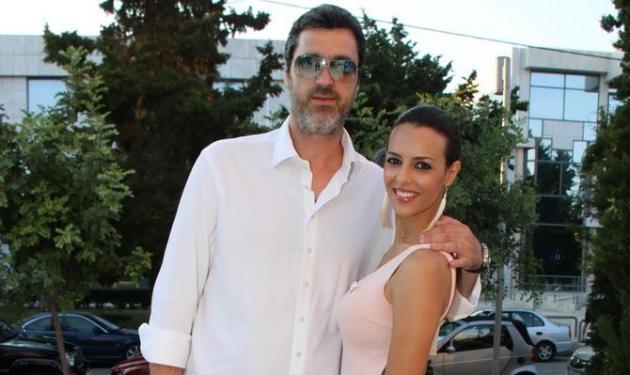 Όλγα Λαφαζάνη: Τρυφερές στιγμές με την οικογένειά της! | tlife.gr