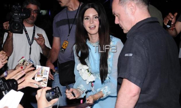 Η εντυπωσιακή εμφάνιση της Lana Del Rey στο Rockwave! Το TLIFE ήταν εκεί