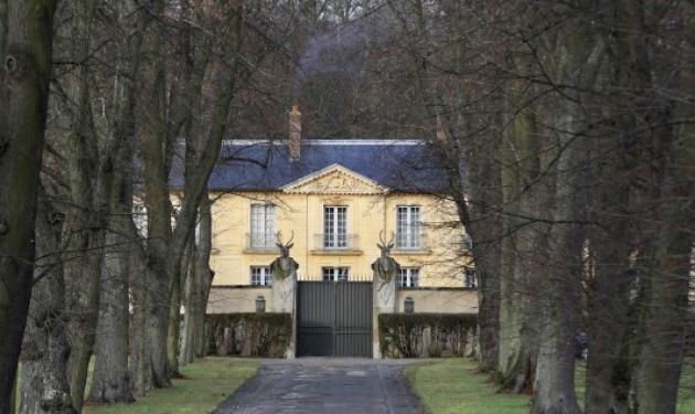 Αυτό είναι το σπίτι όπου «κρύβεται» η Βαλερί Τριερβελέρ – Και ο Ολάντ στην… Ολλανδία | tlife.gr