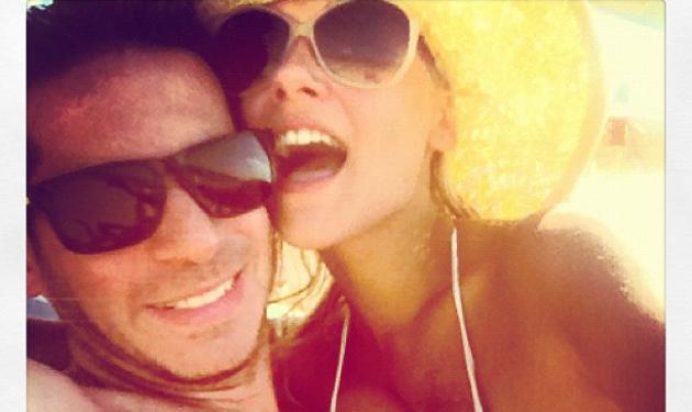L. Narjes: Για μπάνιο με τον σύντροφό της στο Σχοινιά! | tlife.gr