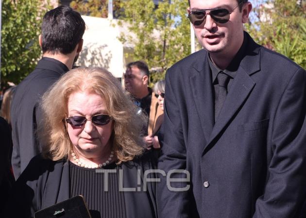 Λία Βασιλείου: Συντετριμμένη αποχαιρέτισε για πάντα τον σύντροφο της ζωής της | tlife.gr