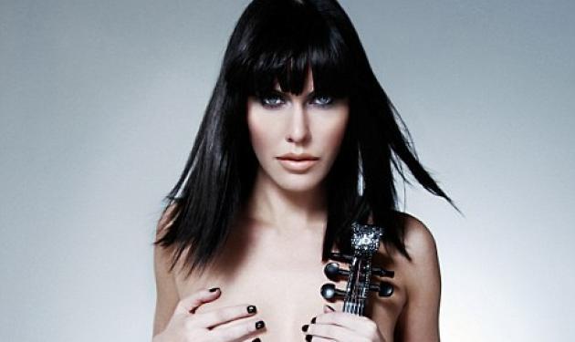 Το βιολί και η… γυμνή μουσικός!   tlife.gr