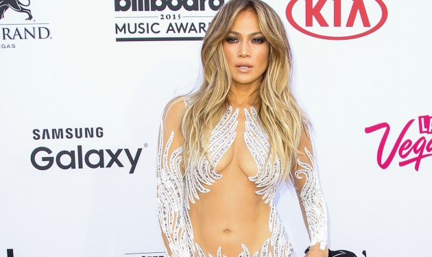 Jennifer Lopez: Η πιο καυτή εμφάνιση της 45χρονης σταρ στα Billboard Awards!