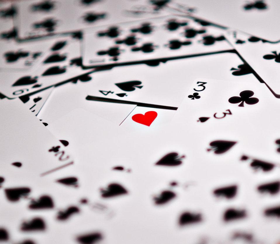 Λάθη, σχέσεις και πάλι λάθη ή πώς να βρεις την αγάπη the hard way!