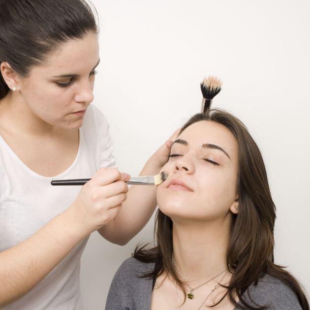 3 | Make up: βήμα 1