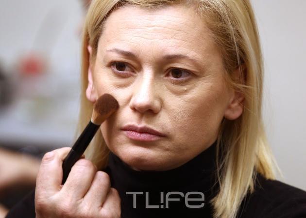 Ραχήλ Μακρή: Χωρίς ίχνος μακιγιάζ, λίγο πριν περπατήσει στην πασαρέλα! Φωτογραφίες   tlife.gr