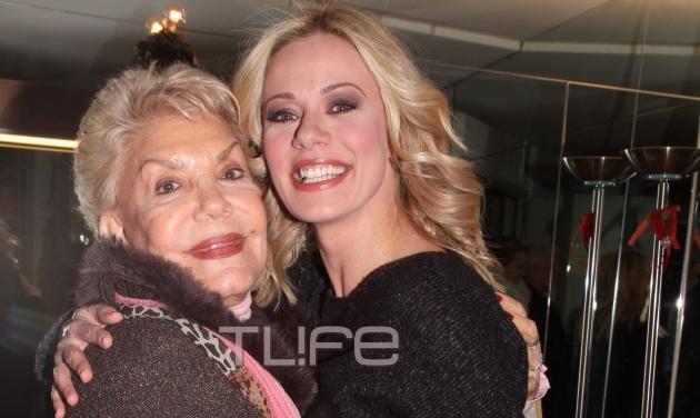Ζέτα Μακρυπούλια: Η συνάντηση με την Μαρινέλλα στο καμαρίνι της! Φωτογραφίες | tlife.gr