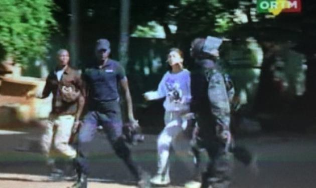 Τρεις νεκροί στην ομηρία σε ξενοδοχείο στο Μάλι – Απελευθέρωσαν 80 από τους 170 ομήρους | tlife.gr