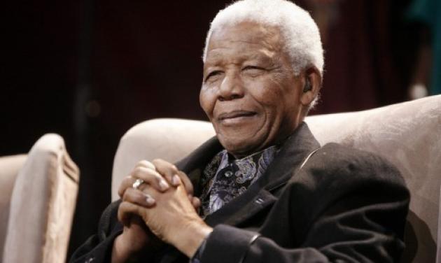"""Δικαστικό έγγραφο αποκαλύπτει πως ο Νέλσον Μαντέλα είναι """"φυτό"""""""