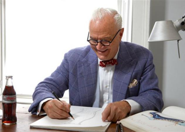 Manolo Blahnik goes Light | tlife.gr