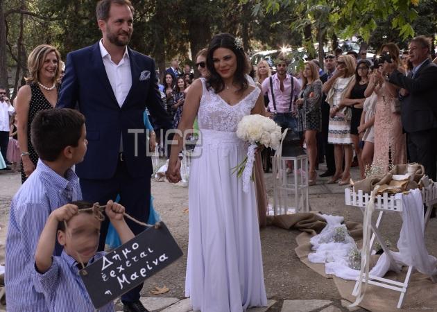 Μαρίνα Ασλάνογλου – Δημοσθένης Πέππας: Το album του γάμου τους στη Σκιάθο!