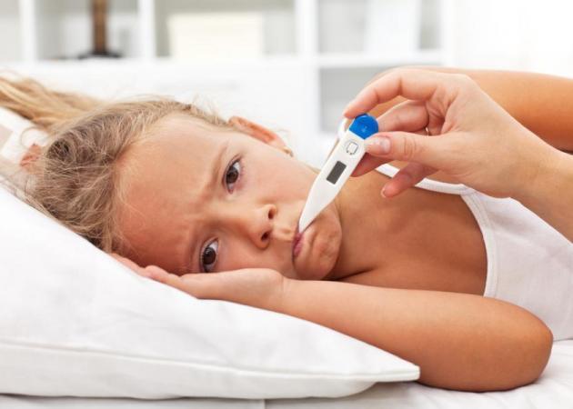 Γρίπη στο σπίτι: Πώς να την αναγνωρίζεις και τι πρέπει να κάνεις