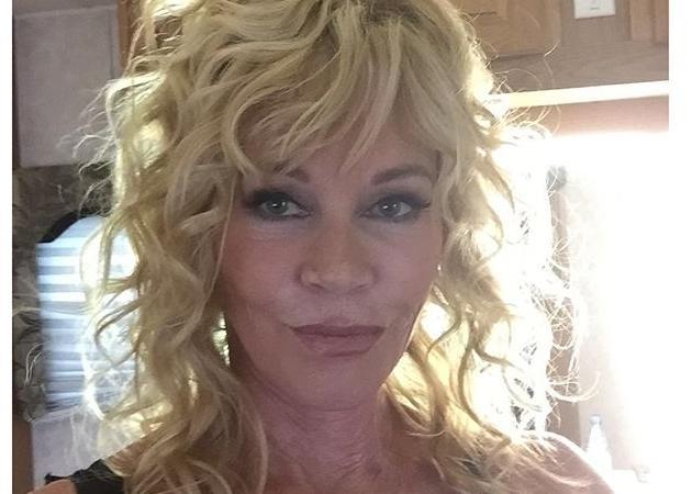 """Melanie Griffith: """"Ορίστε… χωρίς φίλτρα… είμαι 58. Πείτε κι άλλα για μένα"""""""