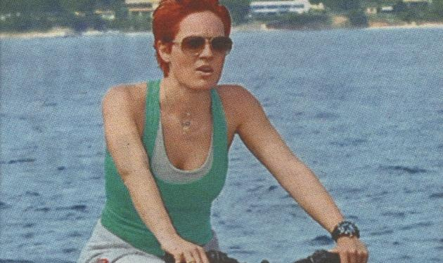 Ε. Μελέτη: Βόλτα με το ποδήλατο στις Σπέτσες!   tlife.gr