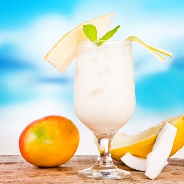 Melon dew cocktail