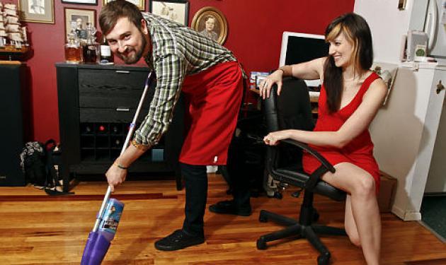 Οι άντρες είναι σέξι όταν κάνουν δουλειές! | tlife.gr