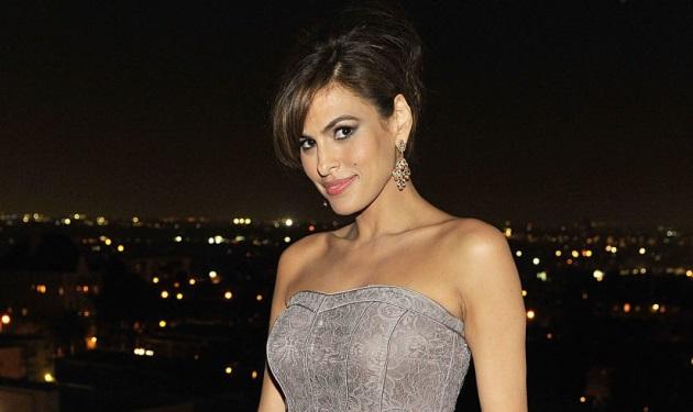 Eva Mendes: Δες το φόρεμα των 6 δολαρίων που φόρεσε στο κόκκινο χαλί!   tlife.gr