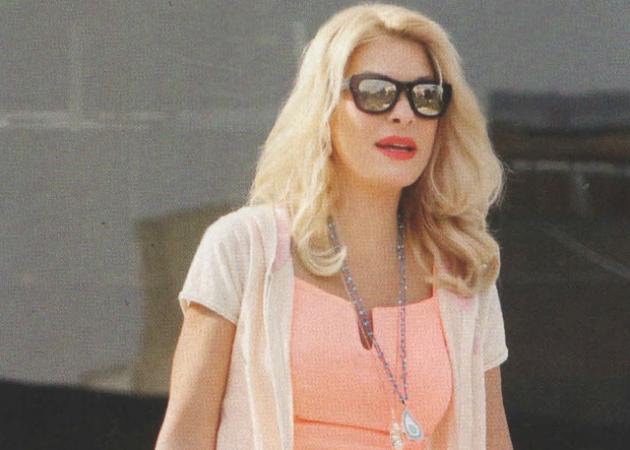 Ελένη Μενεγάκη: Το σέξι φόρεμα και η μυστική απόδραση για το Πάσχα! | tlife.gr