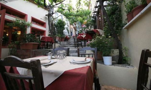 Άνγκελα Μέρκελ: Σε ταβερνάκι στην Πλάκα με παϊδάκια και κρασάκι   tlife.gr
