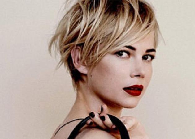 Μακραίνεις τα μαλλιά σου; Πάρε έμπνευση από την Michelle Williams! | tlife.gr