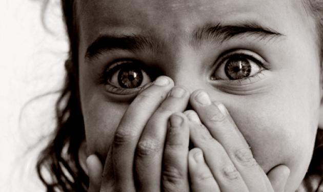 Έμαθε να »ζει» με τα ναρκωτικά στα 8 της χρόνια! | tlife.gr
