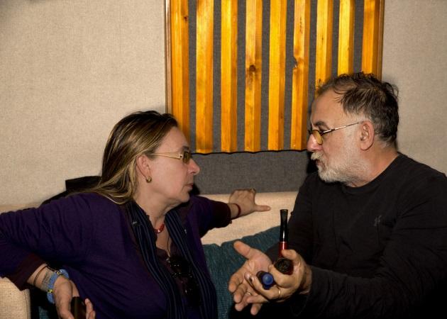 Θάνος Μικρούτσικος: Ετοιμάζει το νέο του δίσκο με στίχους της Λίνας Νικολακοπούλου