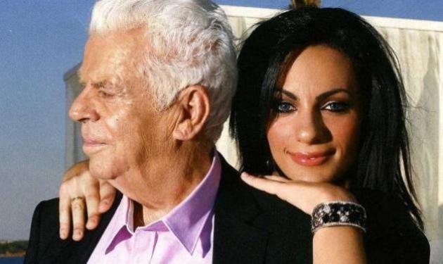 Η χήρα του Τζον Μοδινού παίρνει τελικά τη συνταξή του! | tlife.gr