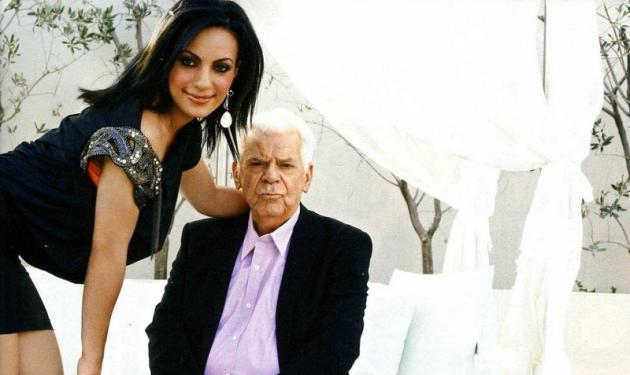 Σε απόγνωση η χήρα του Τζον Μοδινού! | tlife.gr
