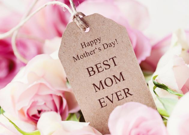 Γιορτή της μητέρας: Τι έχουν πει μεγάλοι συγγραφείς για τη μητρότητα; | tlife.gr