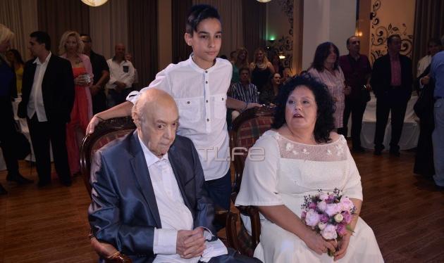 Ανδρέας Μπάρκουλης: Παντρεύτηκε με θρησκευτικό γάμο τη Μαρία του! Φωτογραφίες | tlife.gr