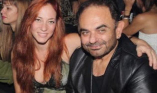 Ο Σάκης Μπουλάς με την σύντροφό του για Πάσχα στη Μύκονο! Βίντεο | tlife.gr