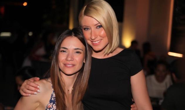 Σία Κοσιώνη – Άννα Μπουσδούκου: Διασκέδασαν μαζί στα γενέθλια της συναδέλφου τους, Σοφίας Τσίπα!   tlife.gr