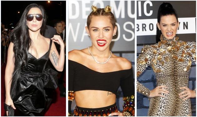 Lady Gaga – K. Perry – M. Cyrus: Προκαλούν με την εμφάνισή τους στο κόκκινο χαλί των MTV | tlife.gr