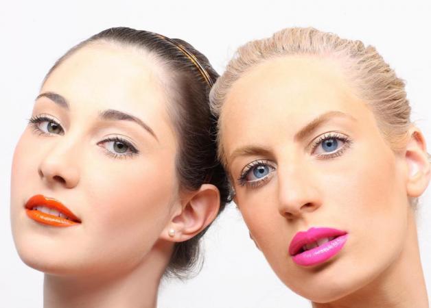 Πώς να αποκτήσεις bold χείλη ανάλογα με τα χρώματά σου | tlife.gr