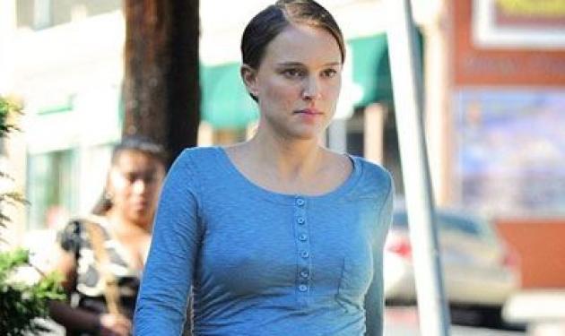 Η Natalie Portman μας δείχνει τη  φουσκωμένη της κοιλίτσα!   tlife.gr