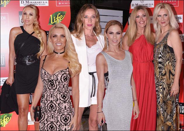 Όλη η showbiz στο μεγάλο καλοκαιρινό πάρτι γνωστού περιοδικού! [pics]   tlife.gr