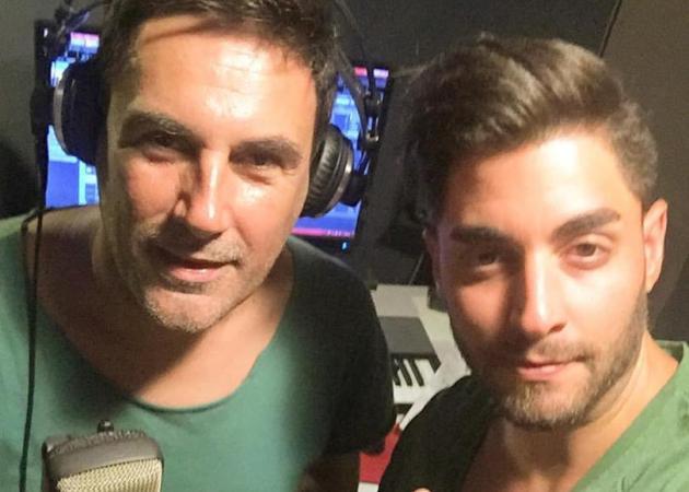 Ο Χρήστος Νέζος μπήκε στο studio για να ηχογραφήσει το πρώτο του τραγούδι! Φωτό | tlife.gr