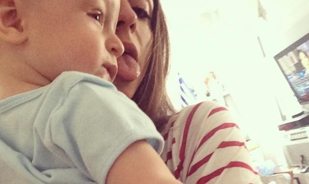 Σοφία Καρβέλα: Χαρoύμενες στιγμές με το «Νινίκο» της! | tlife.gr