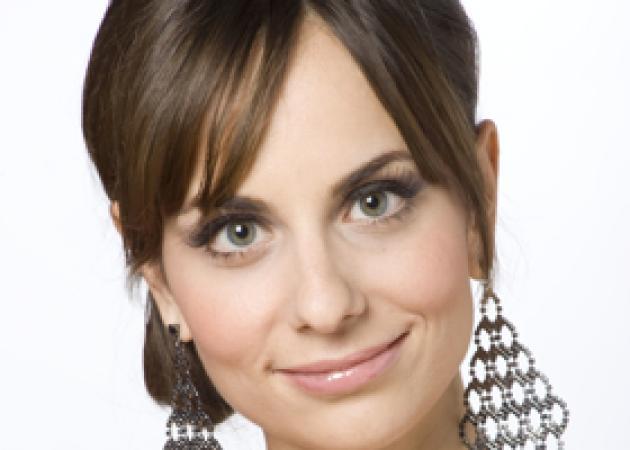 Η Λουκία Σλάβη στους 25 του Avon Voices! | tlife.gr