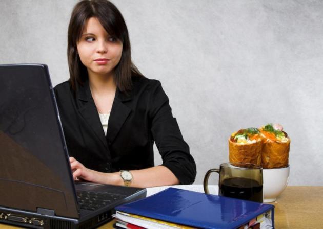 Πώς θα κρατήσω την δίαιτα και στο γραφείο; | tlife.gr