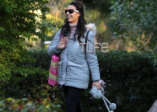 Όλγα Λαφαζάνη – Νίκος Οικονόμου: Βόλτα με την κόρη τους, Αλεξάνδρα! Φωτογραφίες   tlife.gr
