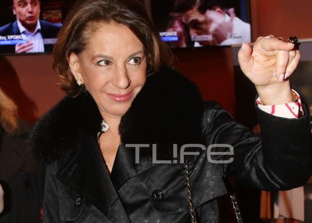 Όλγα Τρέμη: Με chic εμφάνιση σε σπάνια βραδινή έξοδο! [pics] | tlife.gr