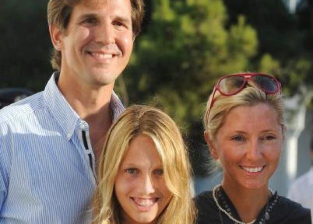 Ο Παύλος γίνεται 50! Οι ευχές της κόρης του Ολυμπίας! [pic] | tlife.gr