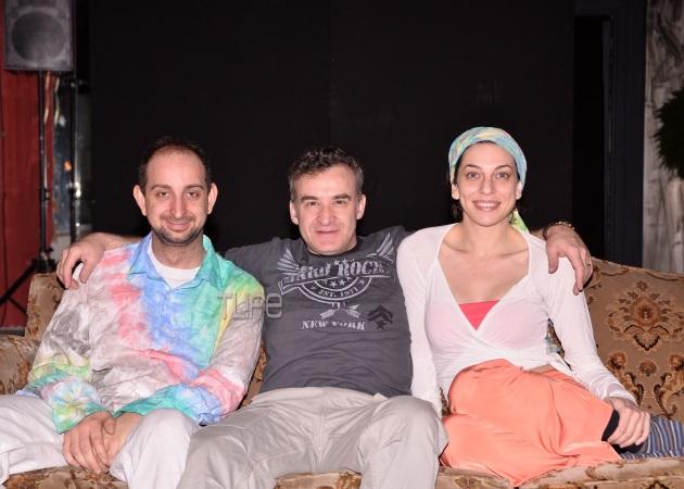 Το TLIFE στα παρασκήνια της θεατρικής παράστασης που σκηνοθετεί ο Νίκος Ορφανός | tlife.gr