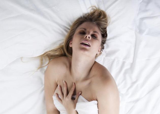Πόσο συχνός είναι ο αυνανισμός για άντρες και γυναίκες – Αλήθεια τώρα… | tlife.gr